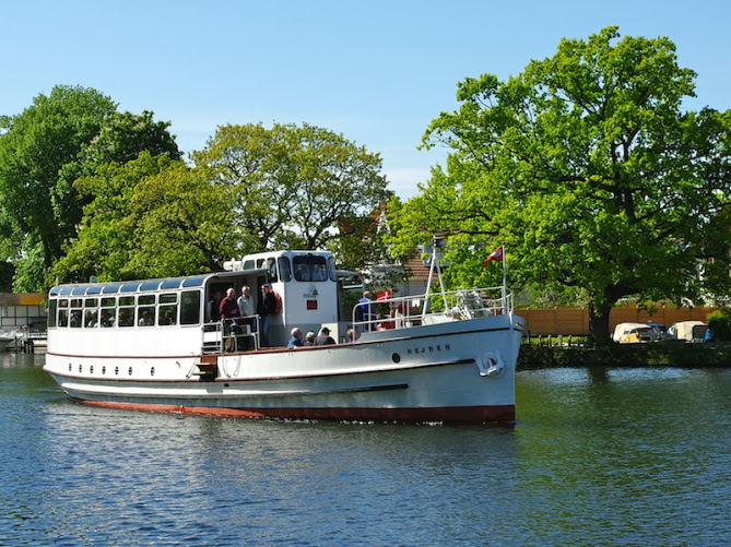 Hire the oldest steam boat for weddings and events