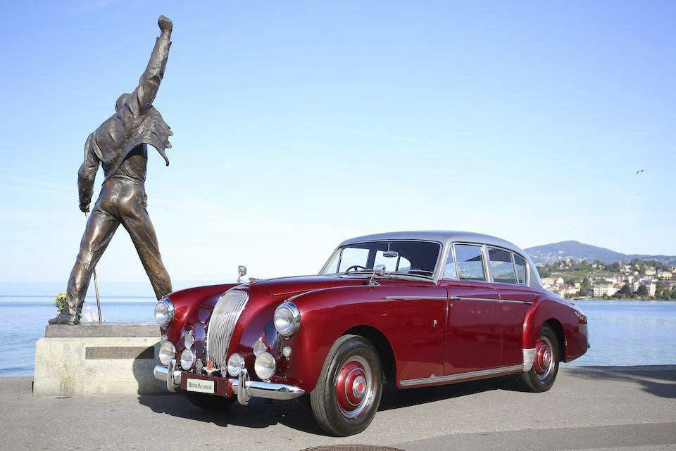Hire a Aston Martin Lagonda DB30 weddings, proms, events, photoshoots
